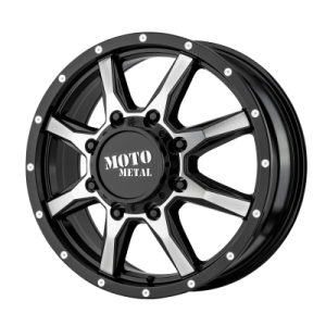 MOTO METAL MO995 17x6.5 8x210.00 GLOSS BLACK MACHINED - FRONT (111 mm)