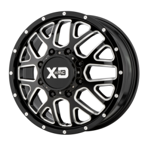 XD GRENADE DUALLY 17x6.5 8x210.00 GLOSS BLACK MILLED - FRONT (111 mm)